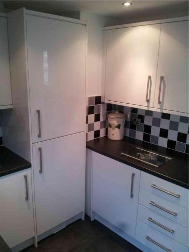 kitchen-refit-units-surfaces