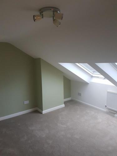 room-skylights-loft